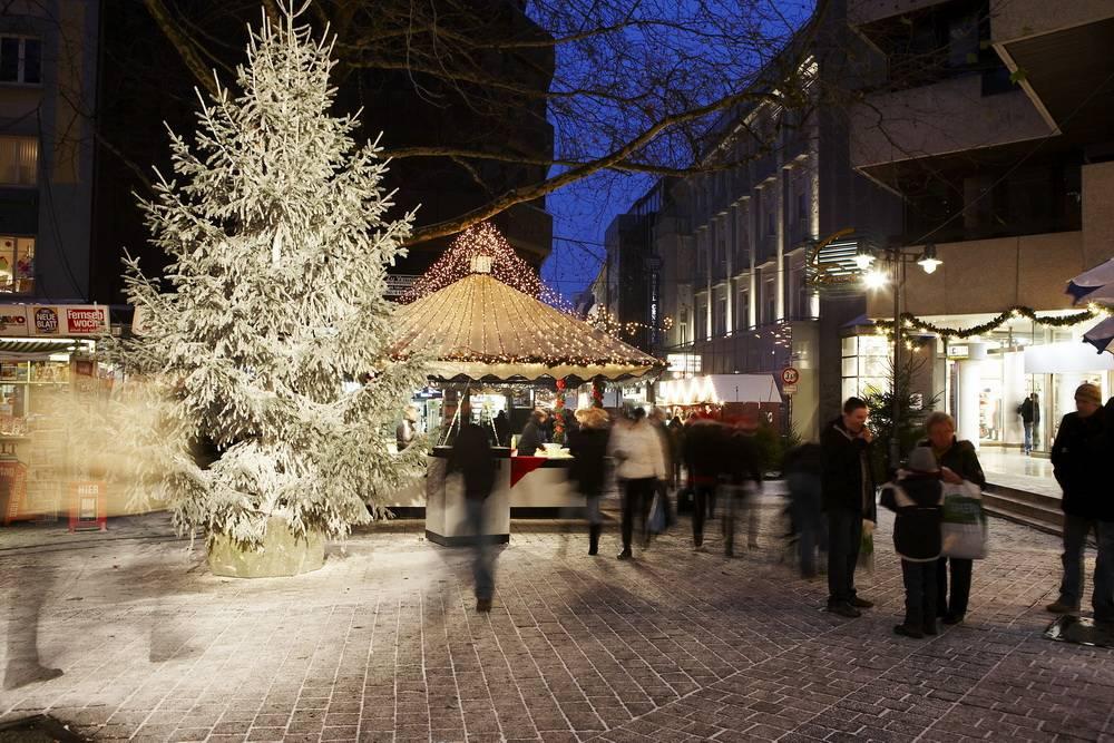Weihnachtsmarkt Wuppertal öffnungszeiten.Weihnachtsmärkte In Elberfeld Und Barmen Am Montag öffnen Die Häuschen